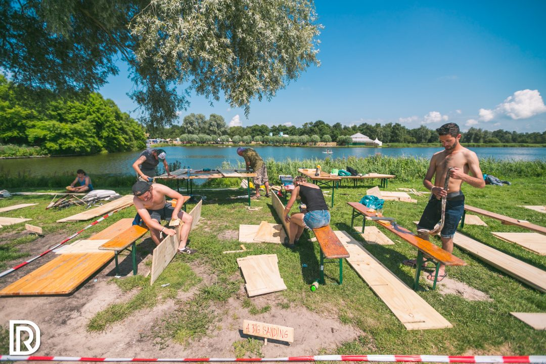 DORP op welcome to the village